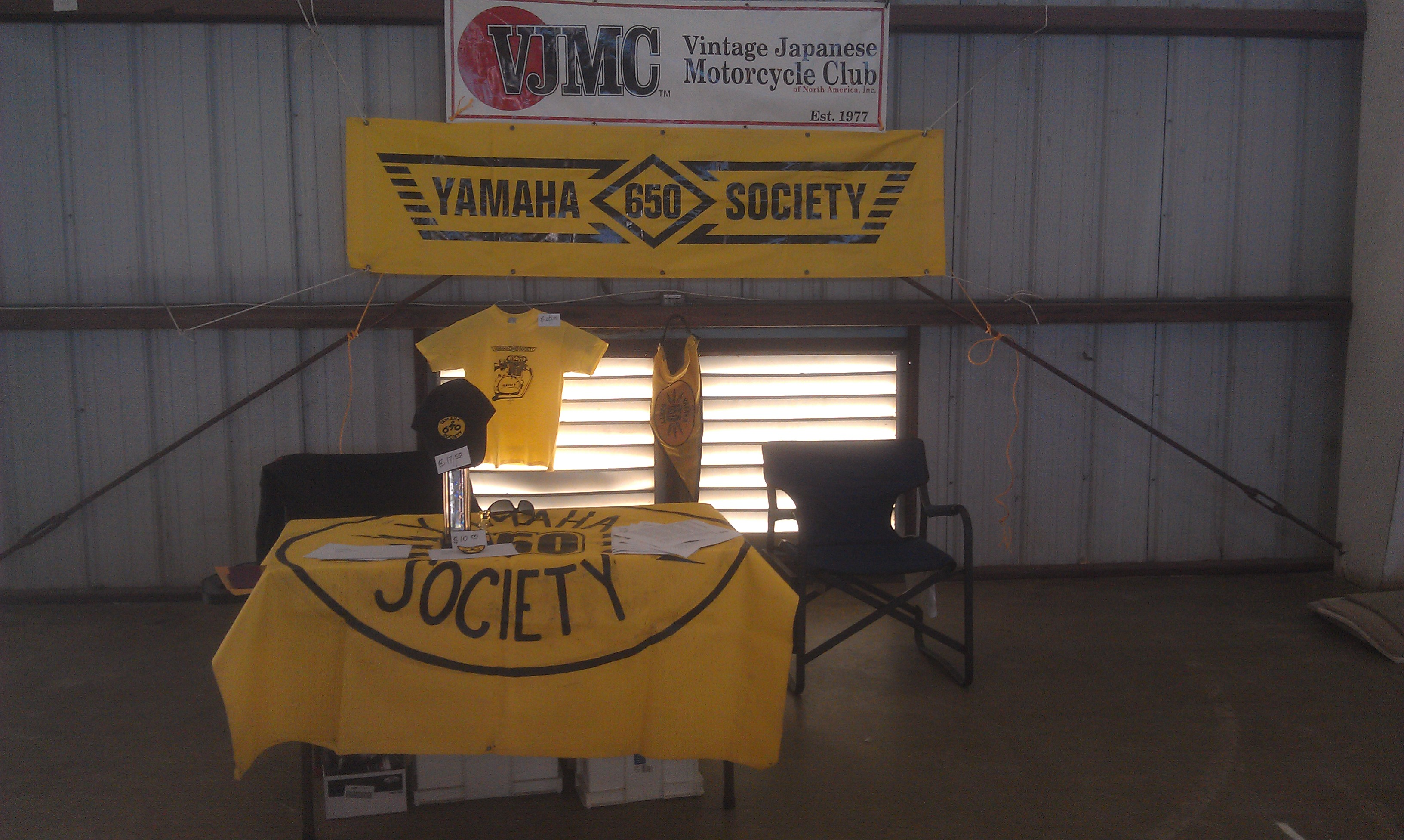 Society Table at the Eustis Show